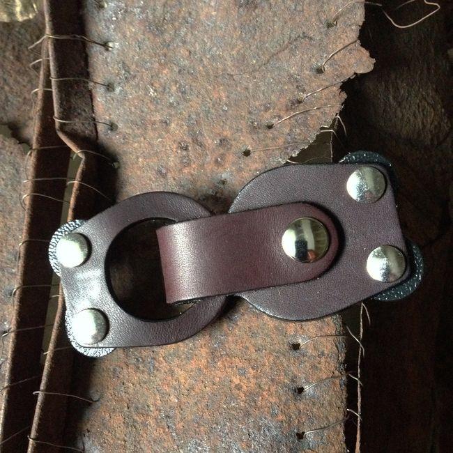 Jul Designs Jul Mod Loop Leather Closure Truffle Yarn