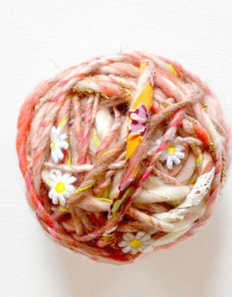 Knit Collage Daisy Chain Yarn - Natural Aura