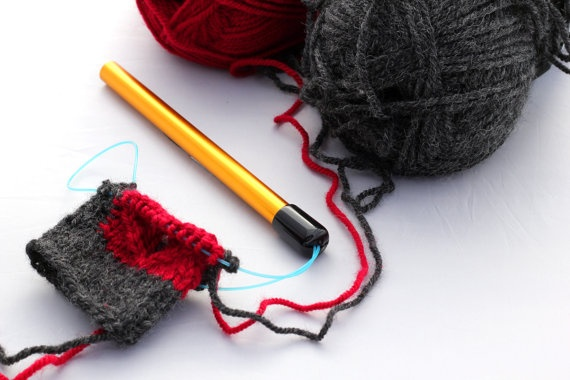 Fiber to Fabric Magic Needle Keeper