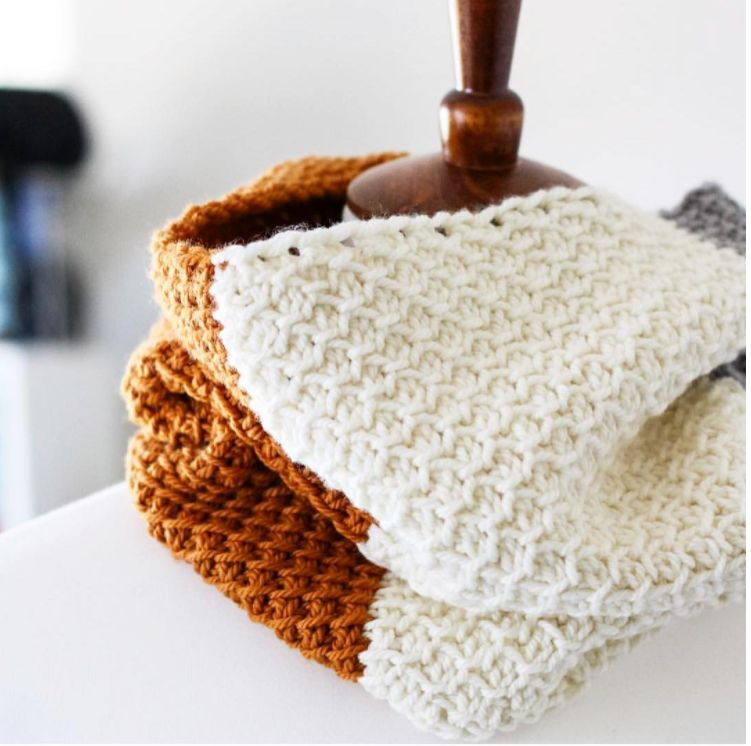 Simple Seed Tunisian Crochet Cowl - Monday, November 20th, 5-7pm