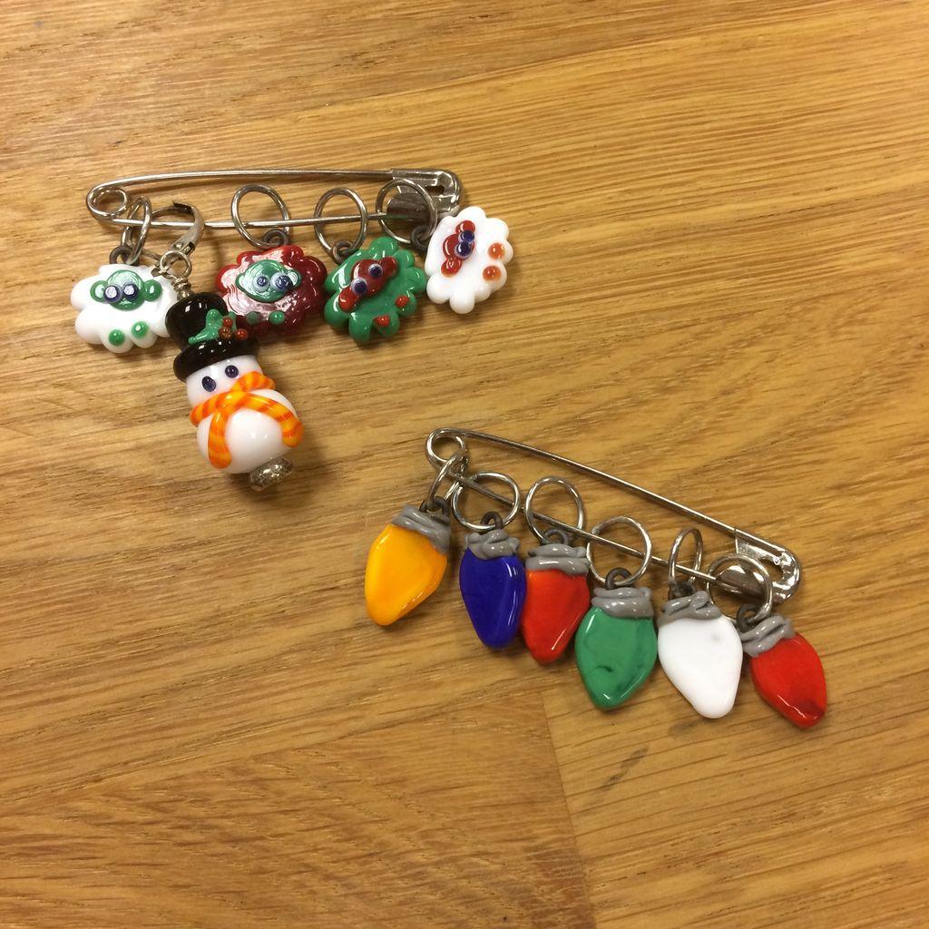 Ann Tudor Ann Tudor Glass Stitch Markers - Holiday