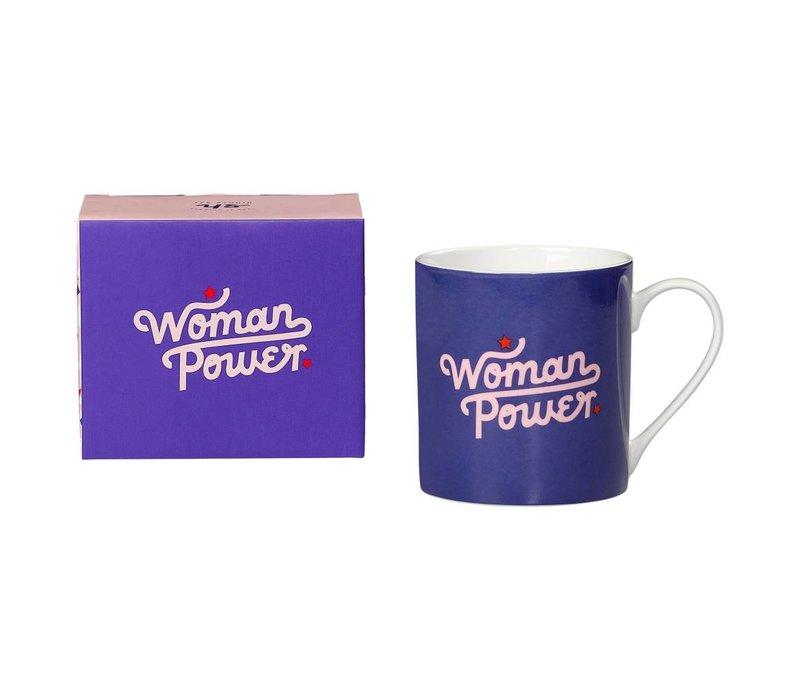 "Tasse ""Woman Power"" par Yes Studio"