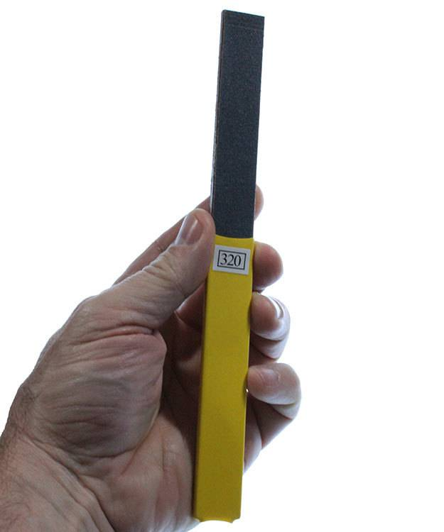 EM1302 = Pro Buff Stick 320 Grit