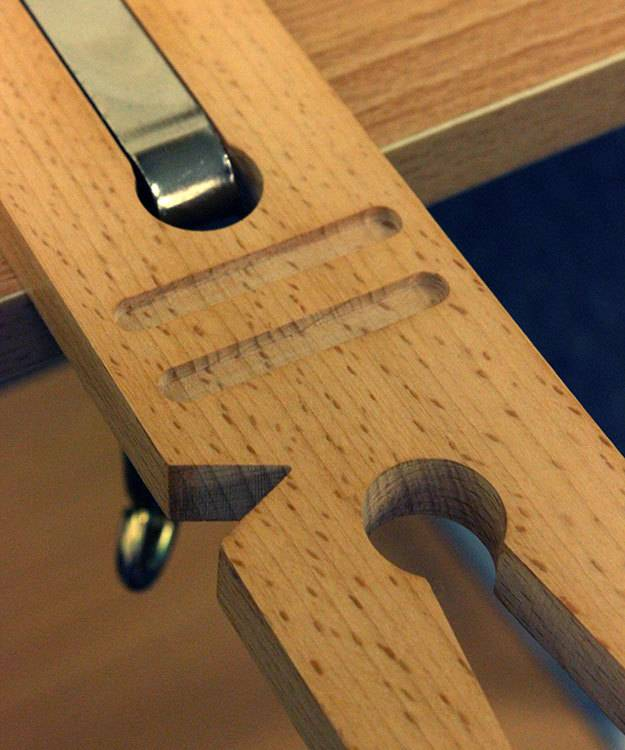 BP1020 = Clamp On Multi Purpose Bench Pin with ''V'' Slot