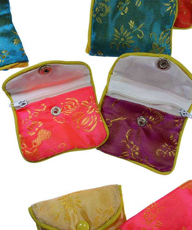 DBX2402 = Silk Pouches with Zipper 3''x2-1/2'' (Dozen)