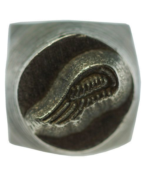 PN5653 = DESIGN STAMP 6mm - angel wing right