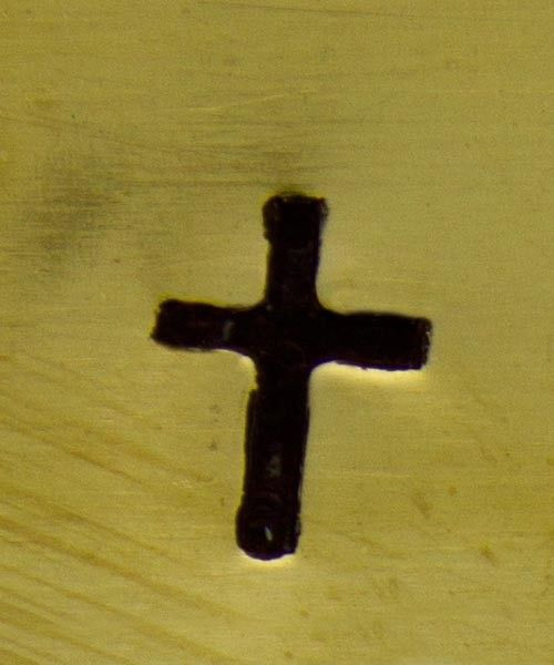 PN5306 = DESIGN STAMP - solid cross