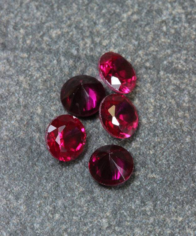 SY5.0JAN = Imitation Birthstone 5.0mm  JANUARY (Pkg of 5)