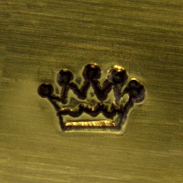 PN5079 = DESIGN STAMP - Crown