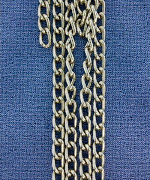 800AL-063MS = Aluminum Curb Chain Matte Silver 6 x 3.6mm Wide 5 feet Long