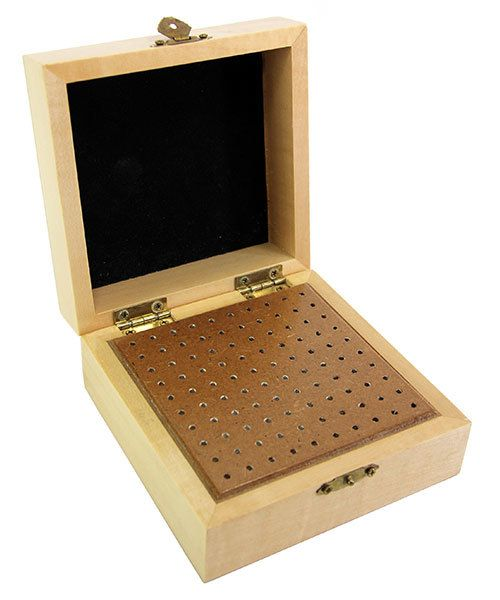 BR1472 = BUR BOX WOODEN STORAGE 100 HOLE