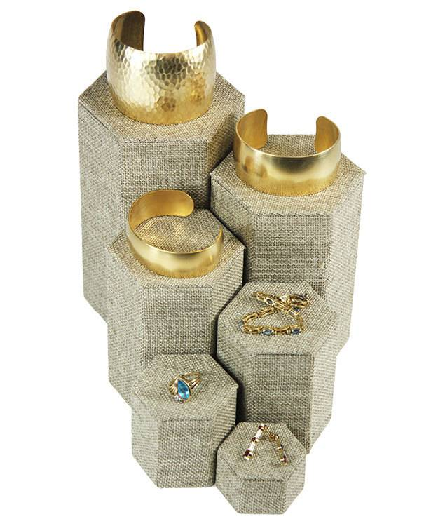 DIS3513 = Burlap Stackable Riser Set of 6 from 1-1/4'' to 6-1/4'' high