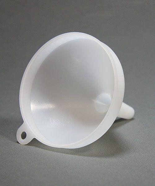 CL5810 = PLASTIC FUNNEL 3-1/2'' DIAMETER