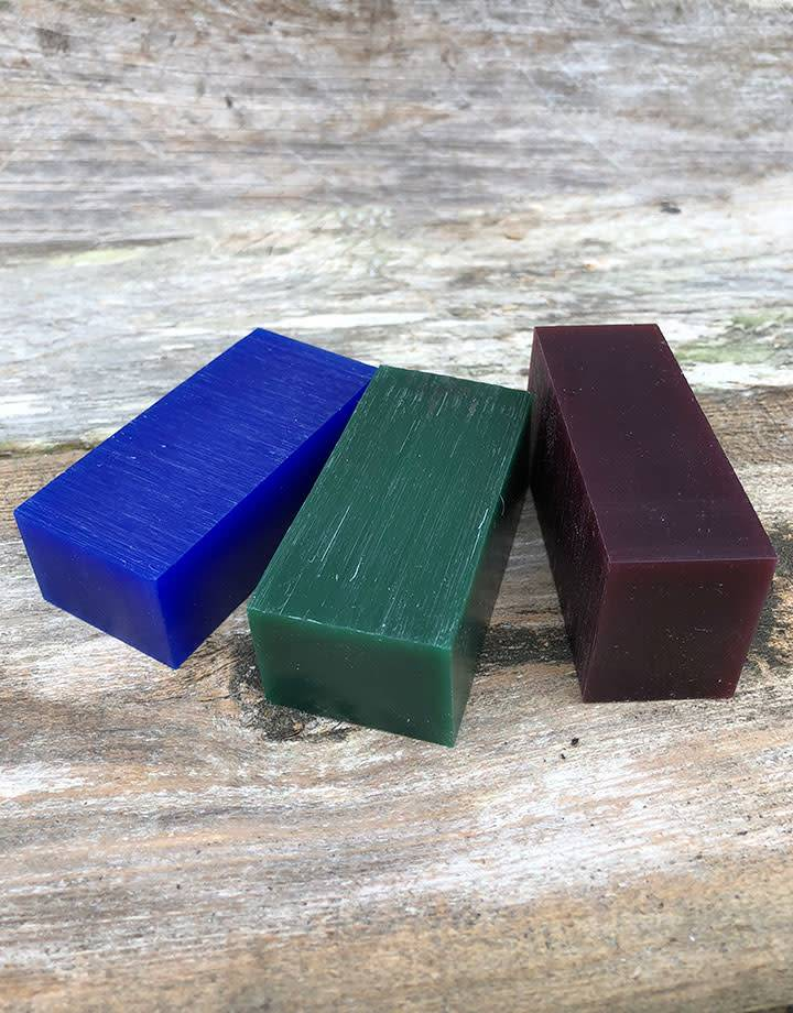 21.02750 = DuMatt Carving Wax 3 Bars (1/2lb) One of Each Color
