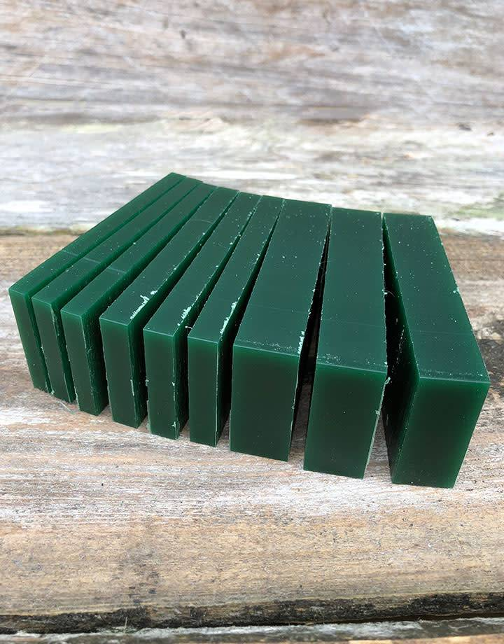 21.02765 = DuMatt Green Carving Wax Slices (1/2lb)