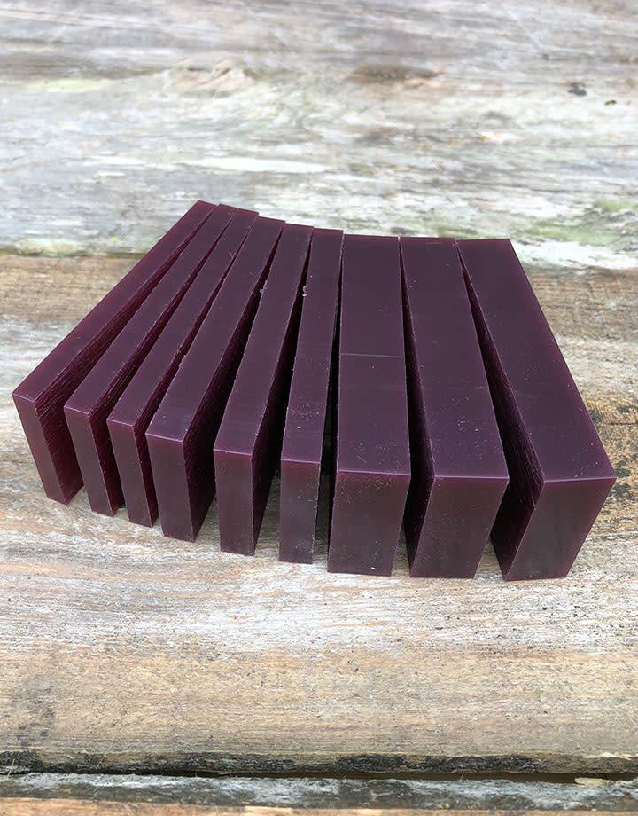 21.02766 = DuMatt Puple Carving Wax Slices (1/2lb)