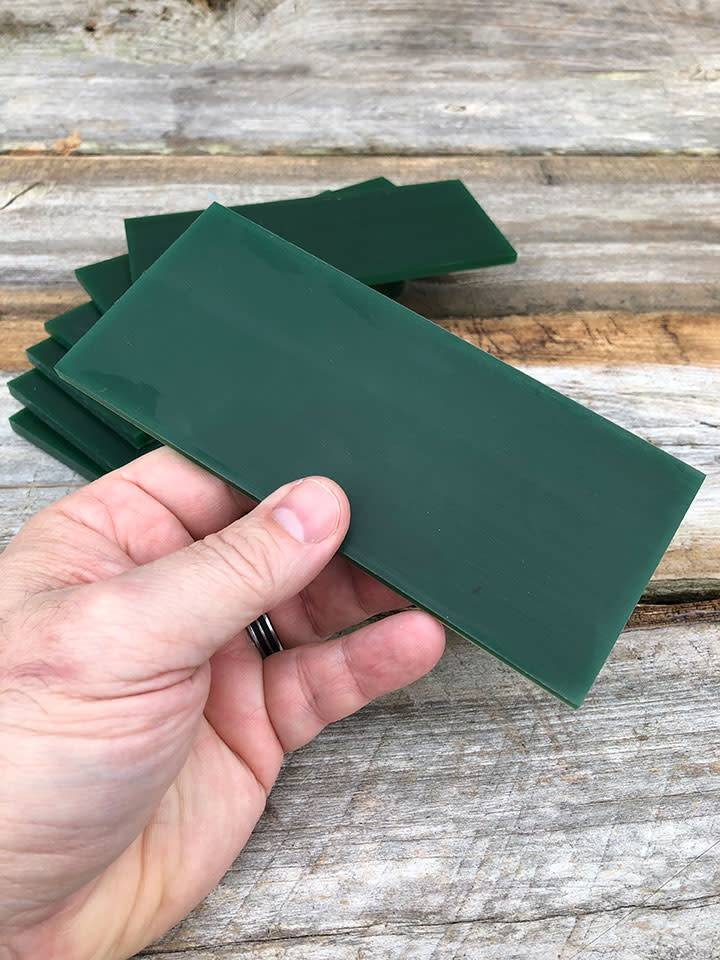 21.02778 = DuMatt Green Carving Wax Tablets Set of 7