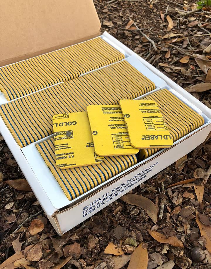 22.586 = Mold Rubber Gold Label Ready Cut Castaldo