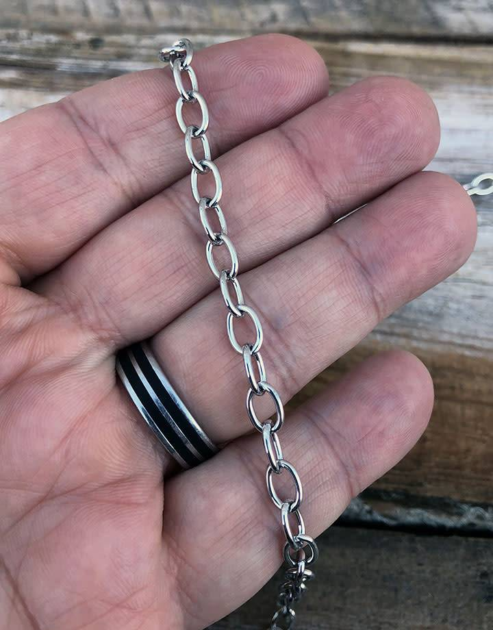 800L-06 = STEEL CHAIN 8.3mm LINK SILVER COLOR (Sold by the foot)