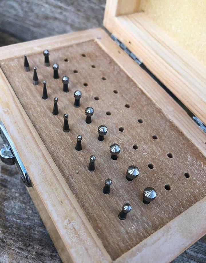 Spearhead Burs 19.335 = Setting Bur Set 18pcs (0.9 to 4.5mm) HS Steel