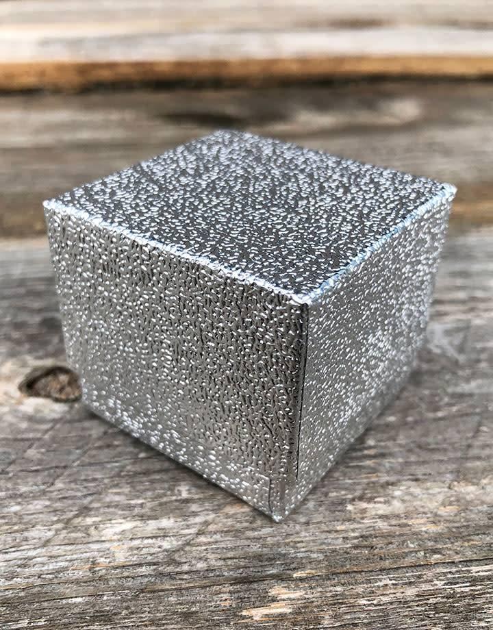 DBX3801S = Silver Foil Square Ring Box with Black Foam (Dozen)