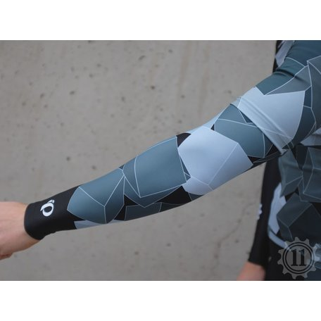 The 11 Team Kit Arm Warmers - Mapei