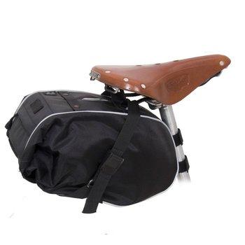Waterproof Saddle Trunk: Black