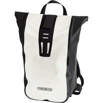 Velocity Backpack: 24 Liter