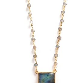 Elizabeth Stone Gemstone Horn Necklace in Labradorite
