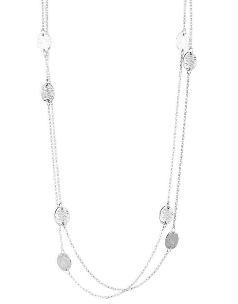 KARA HAMMERED OVAL DISC NECKLACE - LONG / SILVER DETAIL