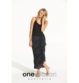 ONESEASON PIPER FRILL WRAP SKIRT CORSICA BLACK