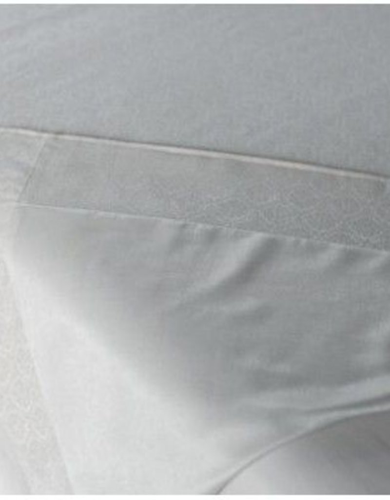 Comphy Co Microfiber Blanket