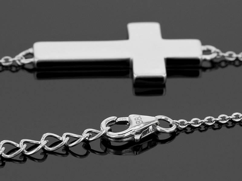 L5 Foundation L5 inspirational Cross Necklace (Passion)