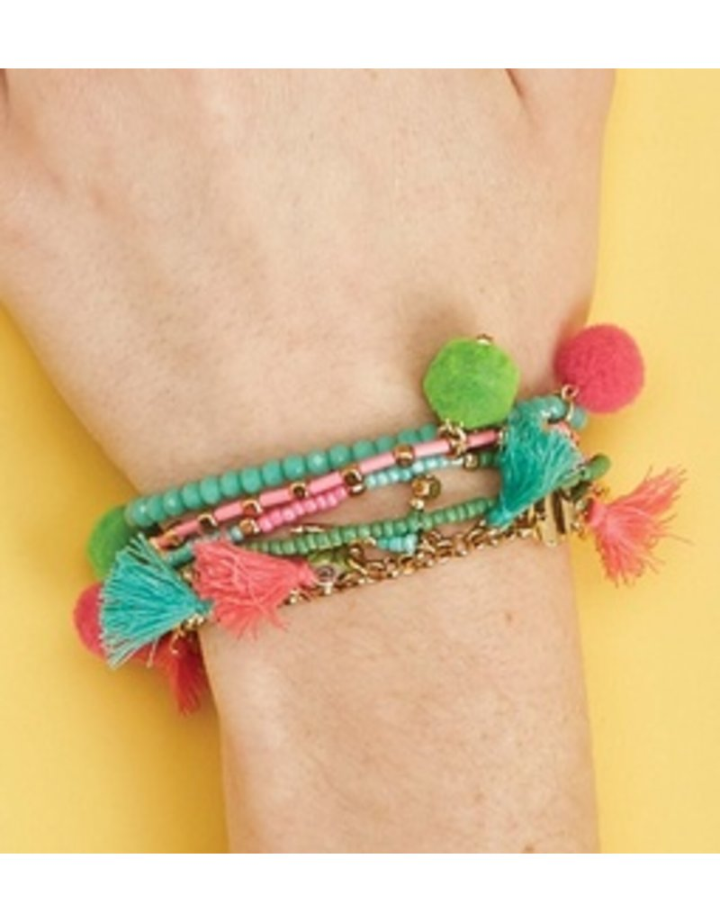 Cupcakes & Cartwheels | Llama Love Bracelet Set