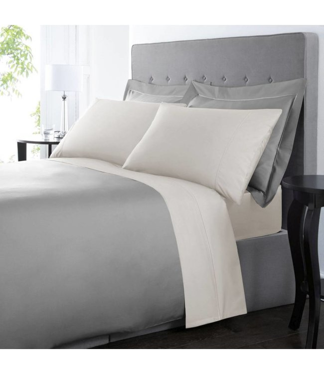 Lauren Taylor 300 Thread Count Combed Cotton Zippered Duvet Covers