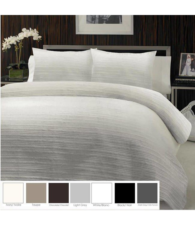 "Lauren Taylor Hotel Crinkle ""Convertible"" Quilt-to-Duvet Cover"