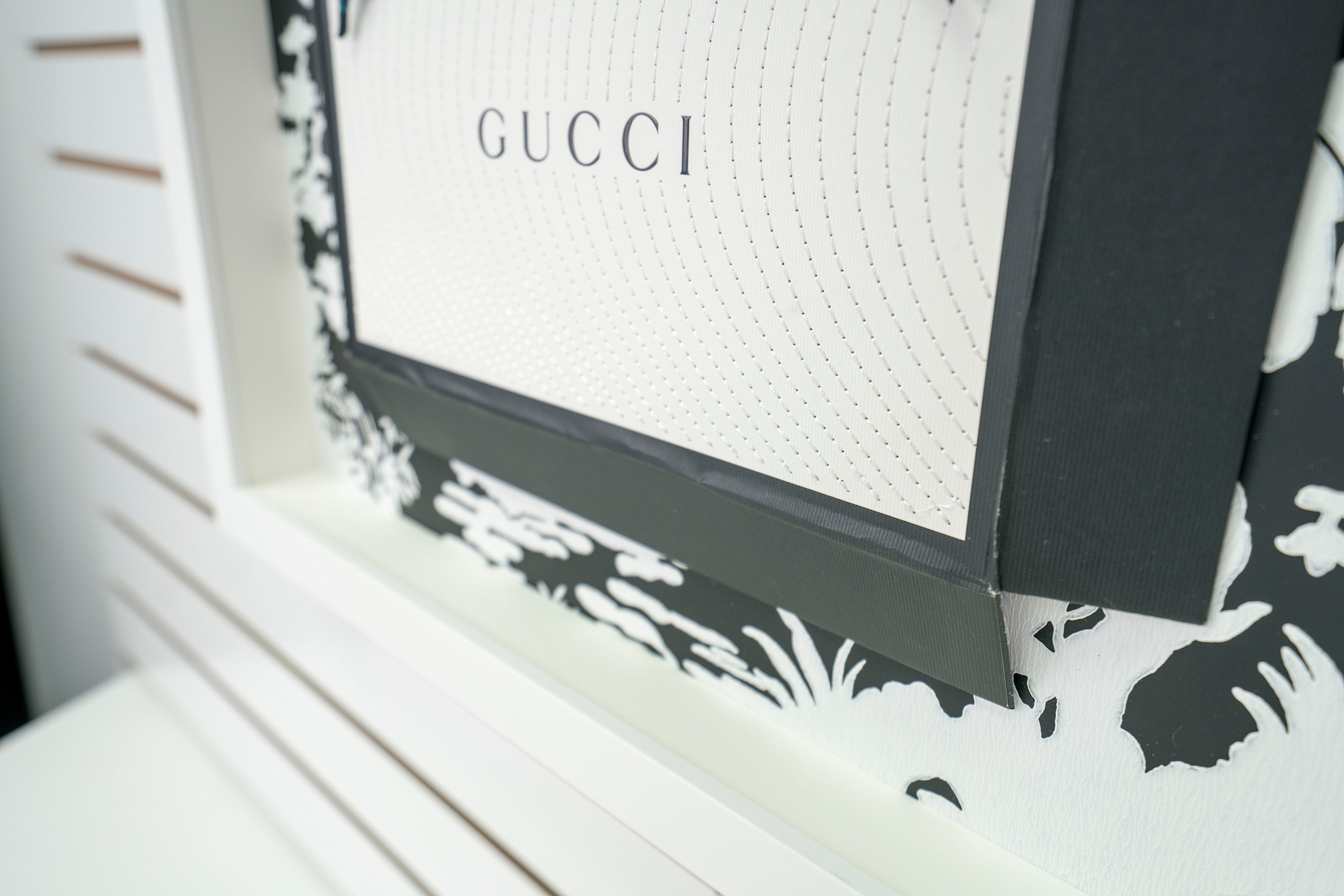 Gucci Crows Detail Name