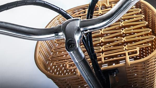 NAKTO CITY ELECTRIC BICYCLE 26' CAMEL
