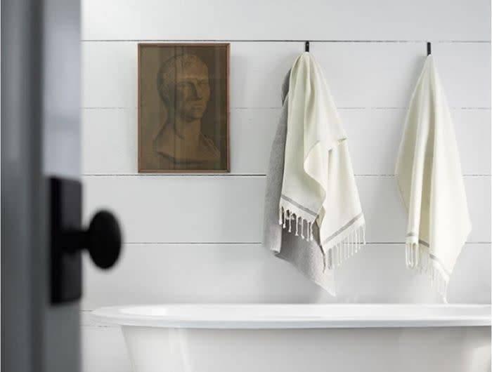 Coyuchi Mediterranean 6-pc  Bath Set: Bath Towel, Guest Towel, Wash Cloth - Alpine White/Slate Stripe
