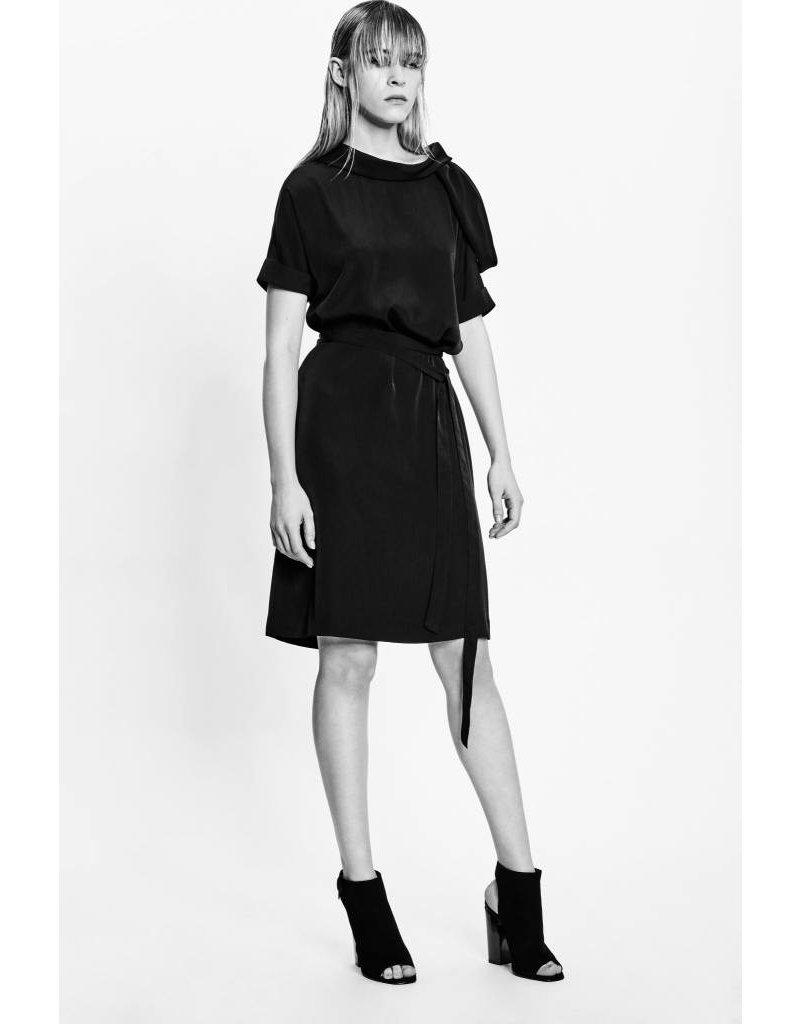 Studio Di Perla Cut Out Shoulder Dress