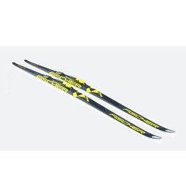 Fischer Skis Classic Carbonlite Junior IFP 2018