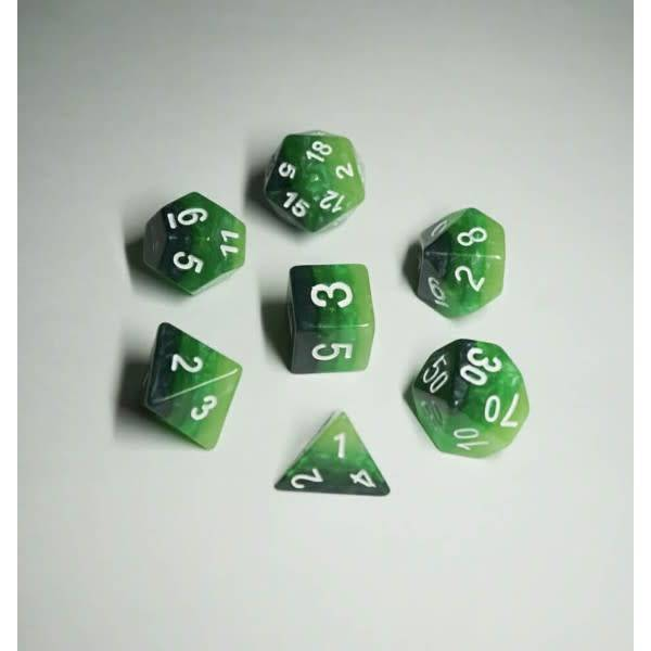 HD Dice, LLC. Gradient Green-White Poly Dice (7)