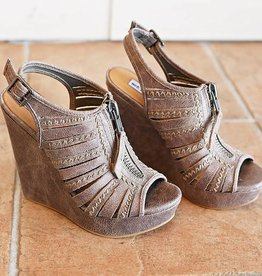 Saucin Peep Toe Wedge - Grey