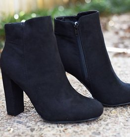 Smooth Strut Booties - Black Suede