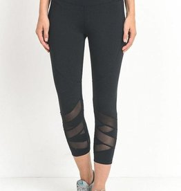Simple Necessity Capri Leggings - Black