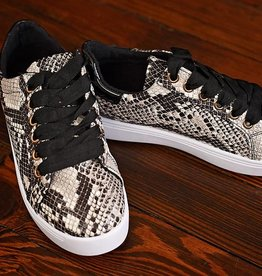 Keep The Distance Lace Sneakers - Black Snake