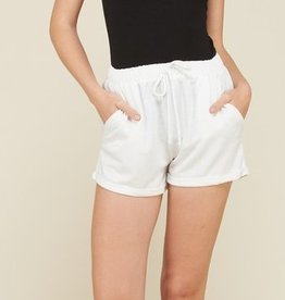 Everyday Sass Shorts - Soft White