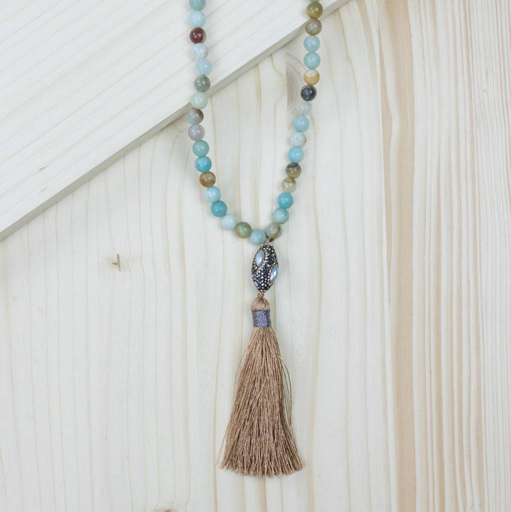 Lovely The Copper Closet - Multicolored Beaded Tassel Necklace With Stone  SD22