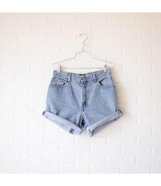 Vintage Light Wash Levi Shorts