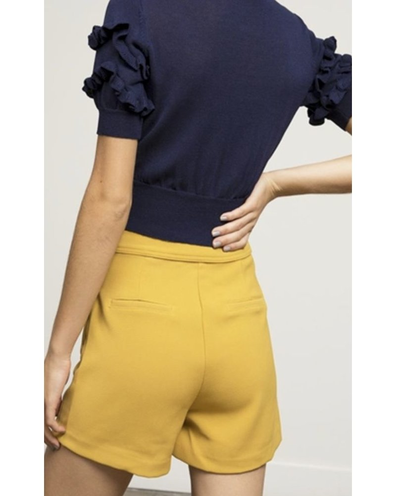 button front short yellow